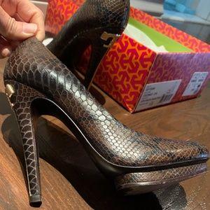 Ladies Tory Burch Snake print high heels shoes
